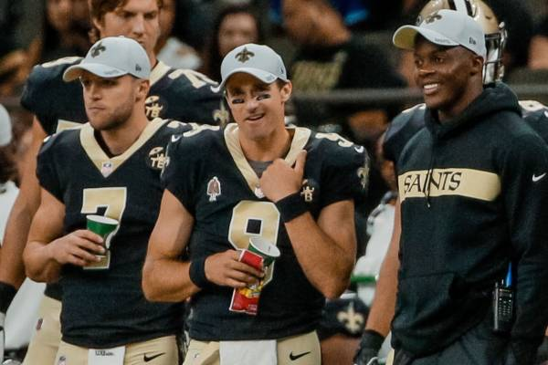 New Orleans Saints' Quarterbacks on the sidelines