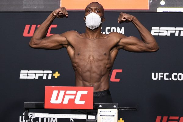 Jalin Turner UFC Fighter just brought a full ass tarantula to weigh-in's.